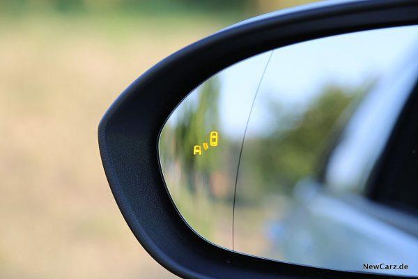 Opel Astra Sports Tourer Totwinkelwarner