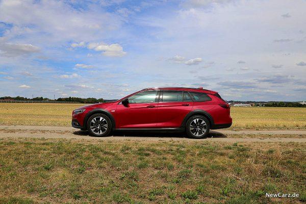 Opel Insignia Country Tourer Seitenansicht