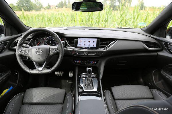 Opel Insignia Country Tourer Instrumententafel