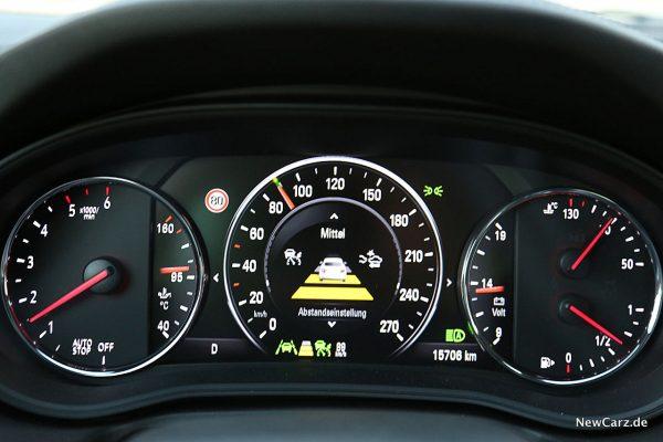 Opel Insignia Country Tourer Adaptiver Tempomat