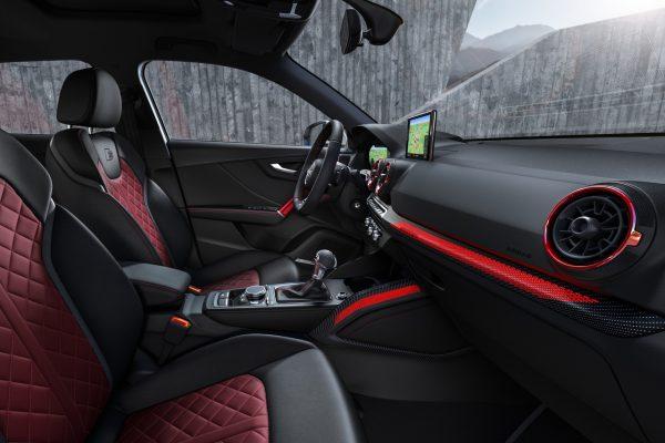Interieur des Audi SQ2