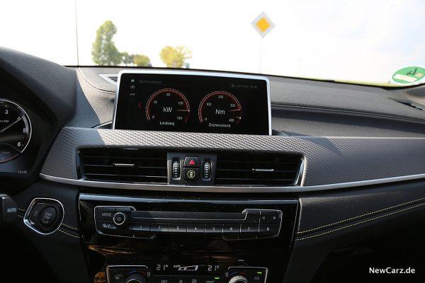 BMW X2 Bildschirm