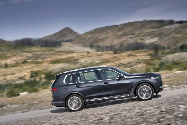 Seitenansicht des BMW X7