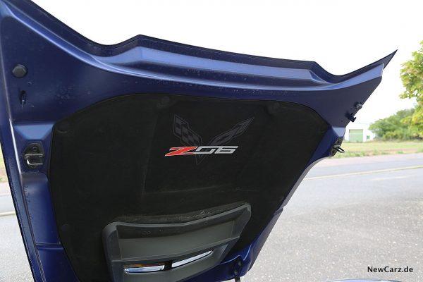 Corvette Z06 Cabriolet Motorhaube innen