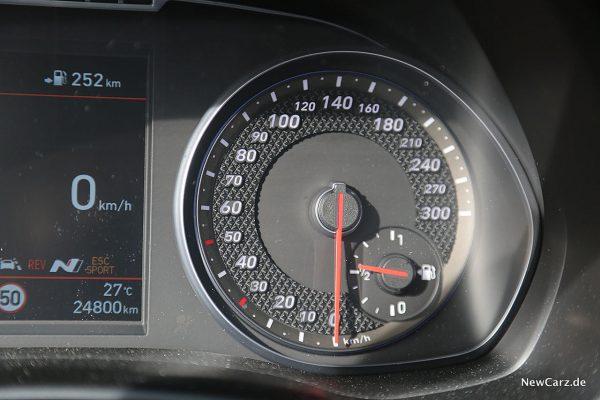 Hyundai i30 N Performance Tacho
