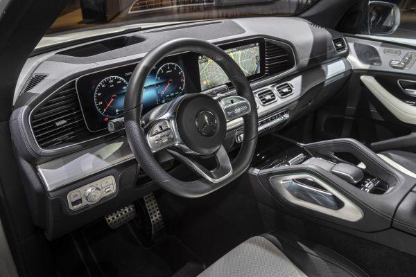Interieur des Mercedes-Benz GLE