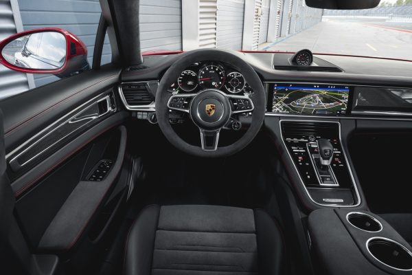Interieur der Porsche Panamera GTS Modelle