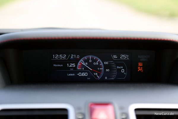 Subaru WRX STi Multiinfodisplay