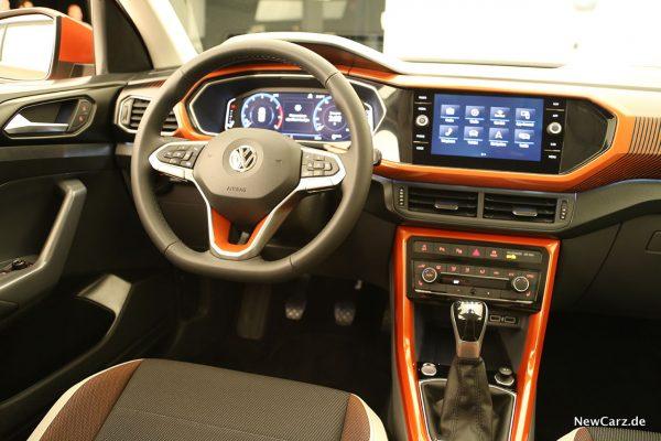 VW T-Cross Cockpit
