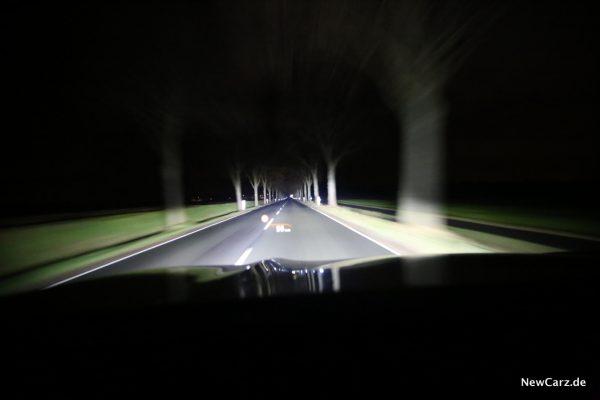 BMW 7er Laserlicht während der Fahrt