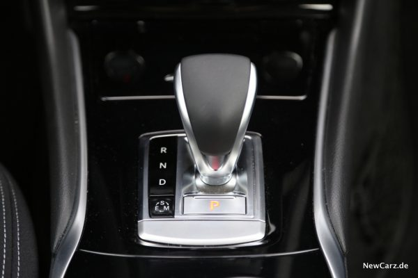 Infiniti QX30 Doppelkupplungsgetriebe