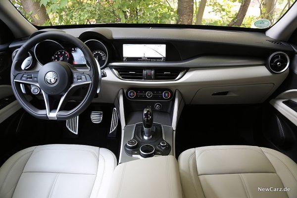 Alfa Romeo Stelvio Armaturenbereich