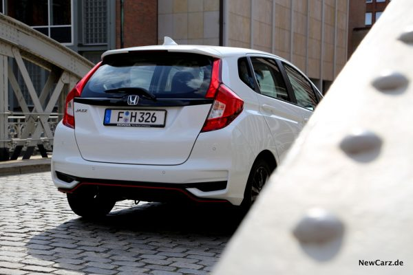 Honda Jazz 2108 Dynamics