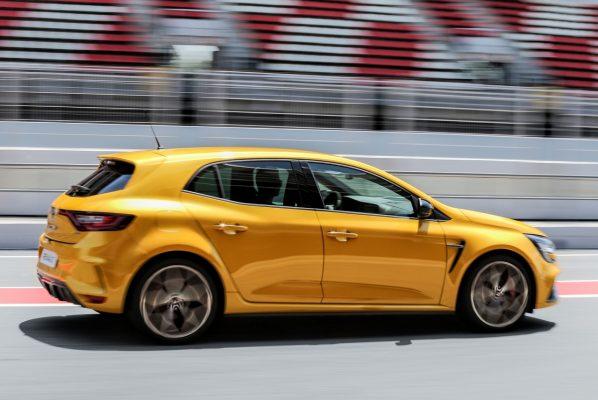 Renault Megane RS Trophy Seite