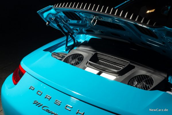 Porsche 911 Carrera T Motor