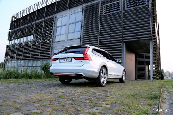 Volvo V90 Cross Country Ocean Race Heckansicht