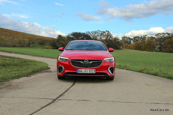 Opel Insignia GSi Front