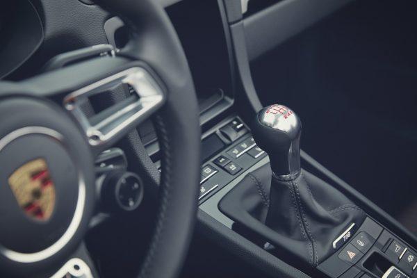 Schaltknauf im Porsche 718 T
