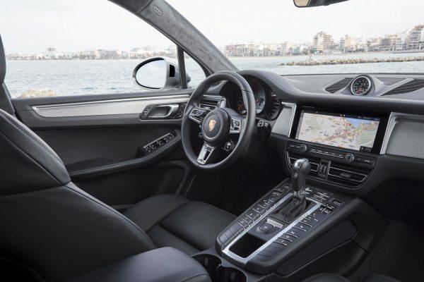 Porsche Macan S 2019 Fahrerplatz