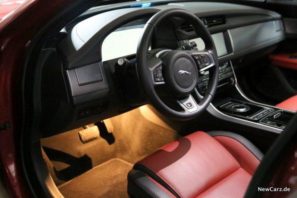 Jaguar XF Sportbrake Innenraum