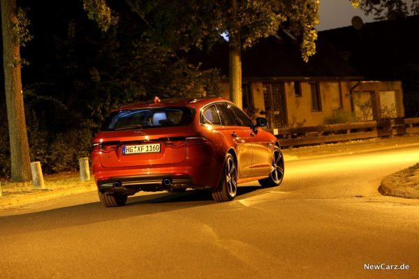 Jaguar XF Sportbrake Heck Kunstlicht