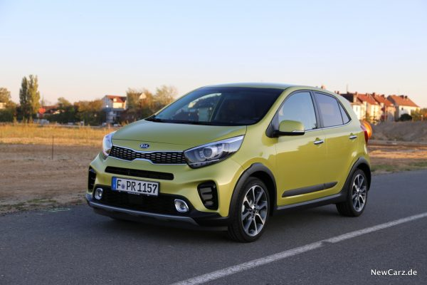Kia Picanto X-Line Front Lime Light