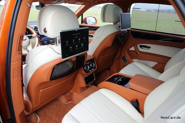 Bentley Bentayga V8 Rear Entertainment System