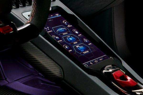 Lamborghini Huracan Evo Touchscreen