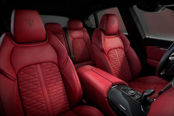 Maserati Levante Vulcano Sitze