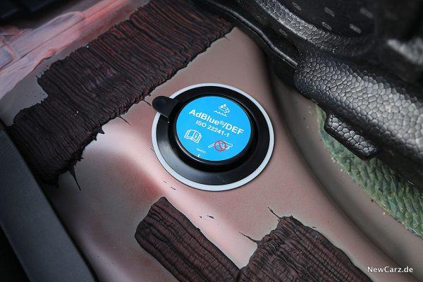 Mazda6 2019 AdBlue-Tank
