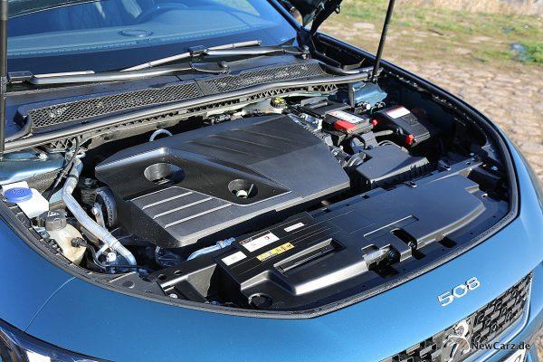 Peugeot 508 GT Motorraum