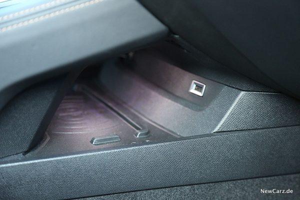 Peugeot 508 GT Ladestation