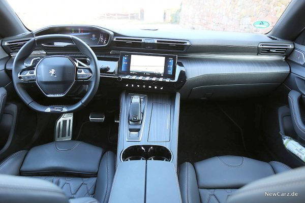 Peugeot 508 GT Armaturenbereich