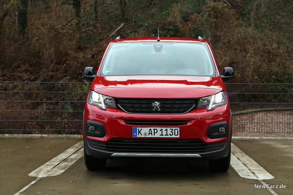 Peugeot Rifter Front