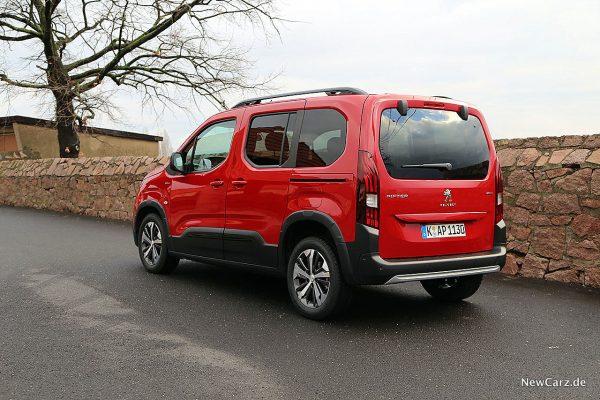 Peugeot Rifter schräg hinten links