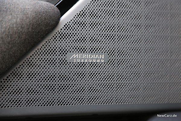 Range Rover Velar Meridian Abdeckung
