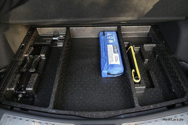 Renult Koleos Dauertest Kofferraum unter Ladeboden