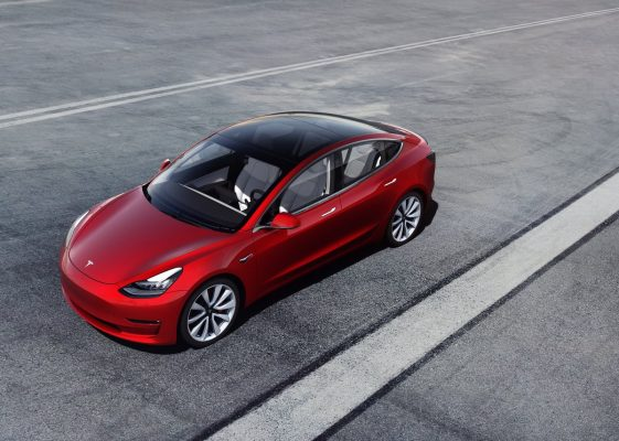 Tesla Model 3 Performance - Seitenansicht