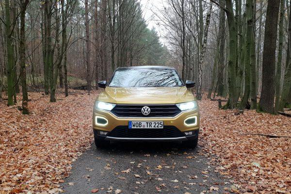 VW T-Roc Frontansicht mit Licht