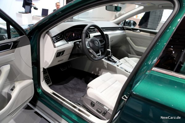 VW Passat Facelift Innenraum