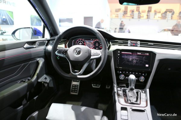 VW Passat Facelift Interieur