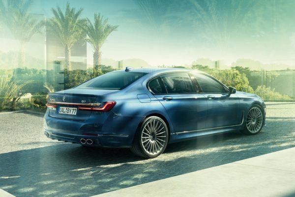 BMW Alpina B7 schräg hinten links