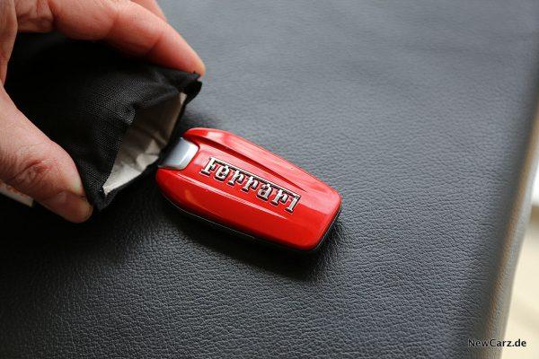 C6Power Diebstahlschutztasche mit Fahrzeugschlüssel Ferrari