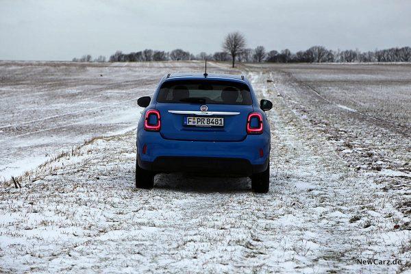 Fiat 500X Urban auf Schnee