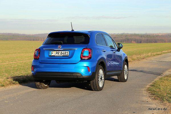 Fiat 500X Urban schräg hinten rechts