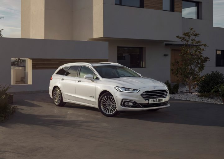 Frontansicht des Ford Mondeo