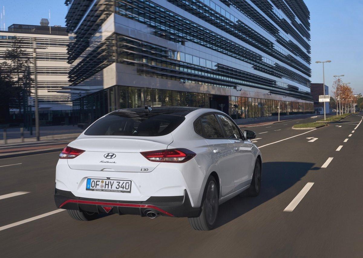 Hyundai i30 Fastback N Line - Heckansicht