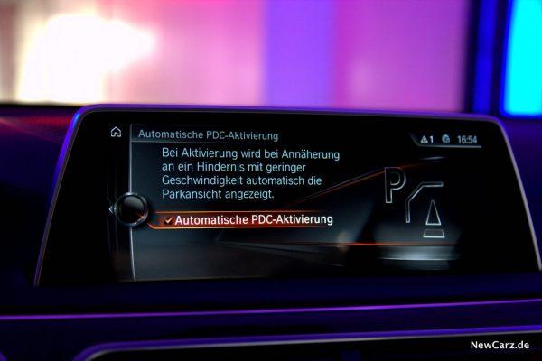 BMW 730d xDrive Automatische PDC Aktivierung