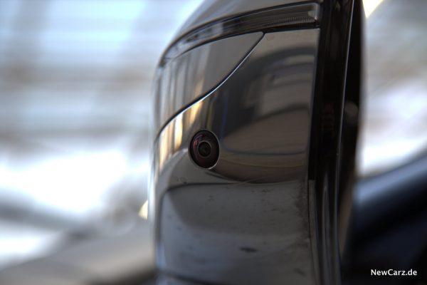 BMW 730d xDrive Seitenkamera