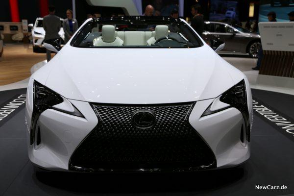 Lexus LC Convertible Concept Diabolo Kühlergrill